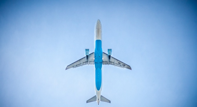 """Сигналът на самолет на """"Еър Франс"""", летящ от Париж за"""