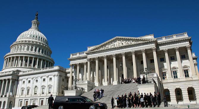 Комисията за разузнаването в доминирания от републиканците Сенат на САЩ