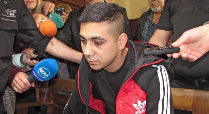 Северин Красимиров, който на 6 октомври миналата година изнасили и