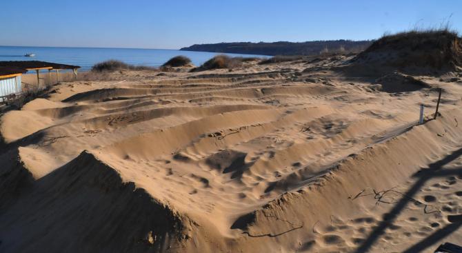 Промени в закона разрешават строителството около дюни?