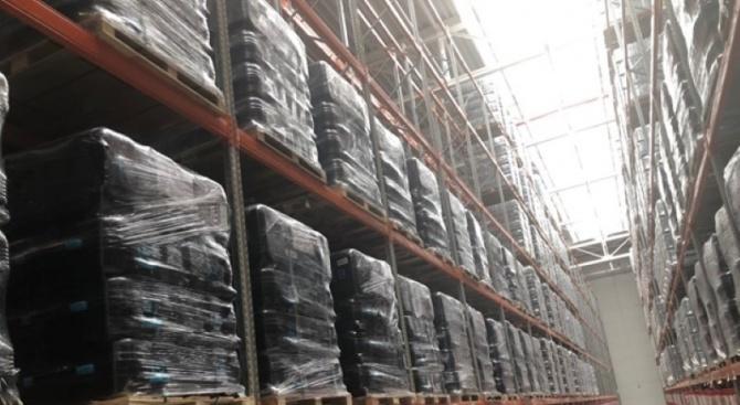 ЦИК инспектираха на място склада, в който са доставени машините за гласуване