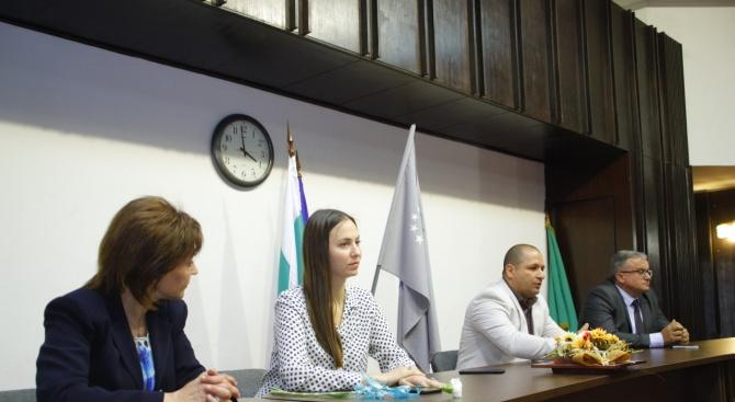 Ева Майдел: Ние сме със солиден европейски опит, контакти и авторитет в Брюксел, знаем как да постигаме българските цели в Европарламента