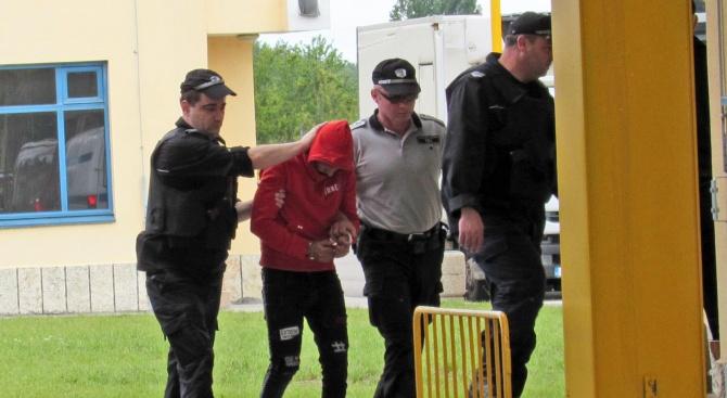 Постоянен арест за българите, задържани в Румъния за участие в