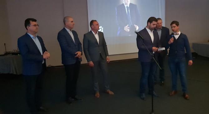 Андрей Новаков в Банско: Зелените, които искаха да спасяват Пирин - гласуваха в ЕП българските камиони да пътуват празни през цяла Европа и да замърсяват въздуха