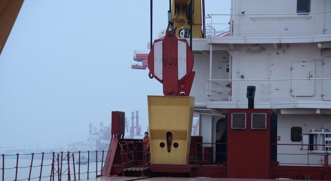 Четири търговски кораба са станали обект на саботаж край бреговете
