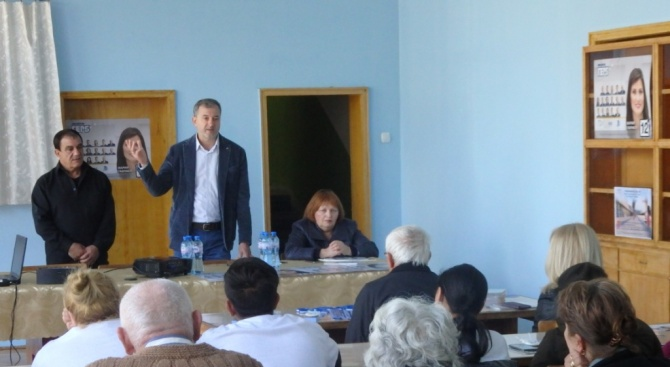 Кандидатът за евродепутат от ГЕРБ д-р Иво Ралчовски се срещна