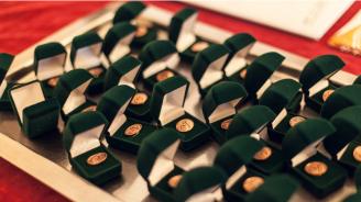 Президентът награждава български ученици, постигнали златно и сребърно ниво в Международна награда на херцога на Единбург