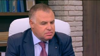 Мирослав Найденов за къщите за гости: Оставките няма да решат проблема
