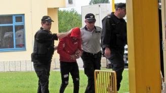 Румъния предаде на българските власти петима задържани за телефонни измами