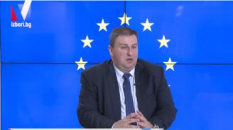 Емил Радев: Не смятам, че БСП има преднина пред ГЕРБ