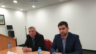 Новаков в Кюстендил: За първи път от 30 години насам хората, които се връщат в България, са повече от тези, които я  напускат