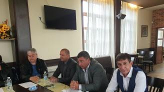 Младен Шишков в Калояново: Да изберем правилните хора на 26 май, за да продължим започнатото
