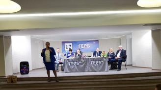 Лиляна Павлова в Самоков: Ще продължа да работя за инвестиции във всяко населено място