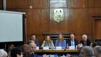 Марияна Николова: За правителството туризмът е от основните приоритети, залегнали в управленската програма