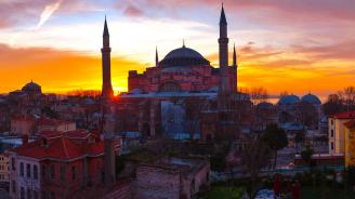 Пребиха известен турски журналист в Истанбул