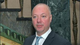 Росен Желязков отговори на Нинова за Летище София