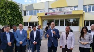 Цветанов: Нито едно евро в България не идва даром