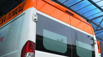 Двама души пострадаха при верижна катастрофа край Самоков