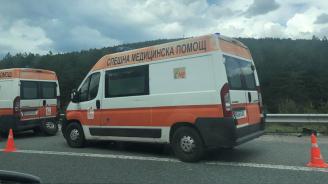 "Лек автомобил е катастрофирал на АМ ""Струма"" в посока София"