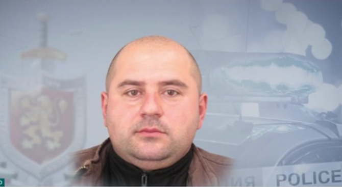 Четвърти ден издирват предполагаемия убиец от Костенец