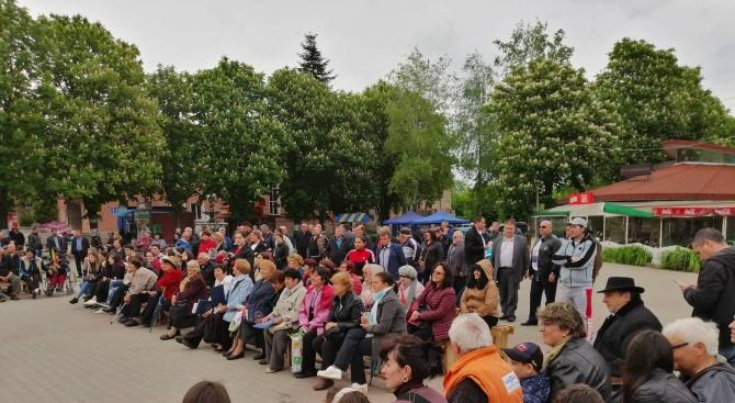 Емил Радев поздрави жителите на Дулово за празника на града