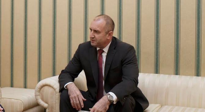 Румен Радев ще се срещне с Данаил Кирилов