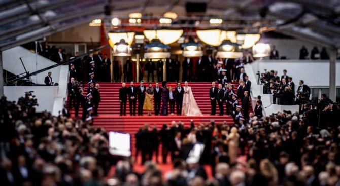 Актьорите Шарлот Генсбур и Хавиер Бардем откриха 72-ия кинофестивал в