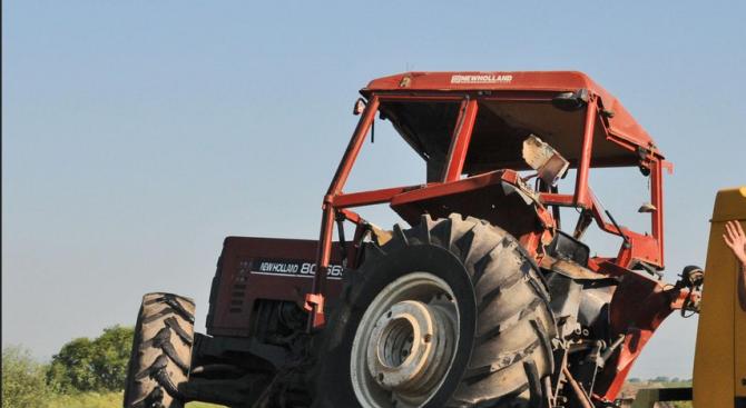 Пиян водач на трактор предизвика катастрофа край Добрич