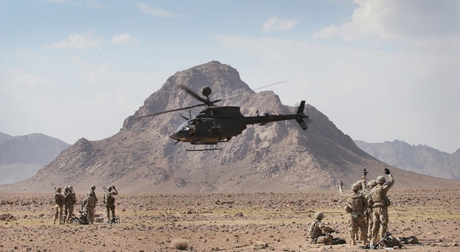 САЩ изтеглят неоперативните си служители от Ирак