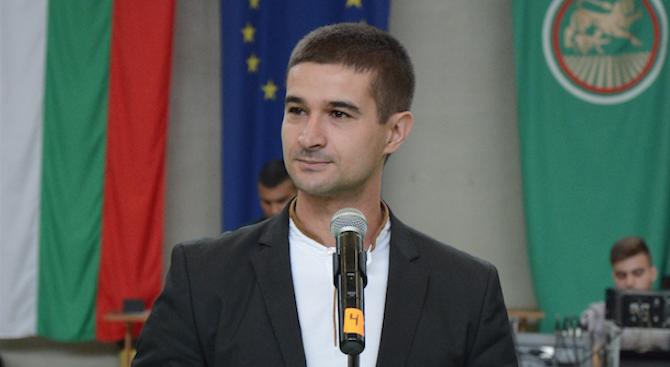 Кандидатът за евродепутат Николай Диков: Благодаря на преподавателите си за най-важния урок – да уча и да бъда подготвен за утрешния ден