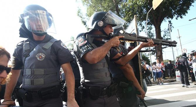 Бразилия залята от протести срещу съкращаването на субсидиите за федералните университети