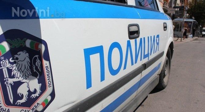 Полицията в Бургас обяви за издирване 16-годишно момиче