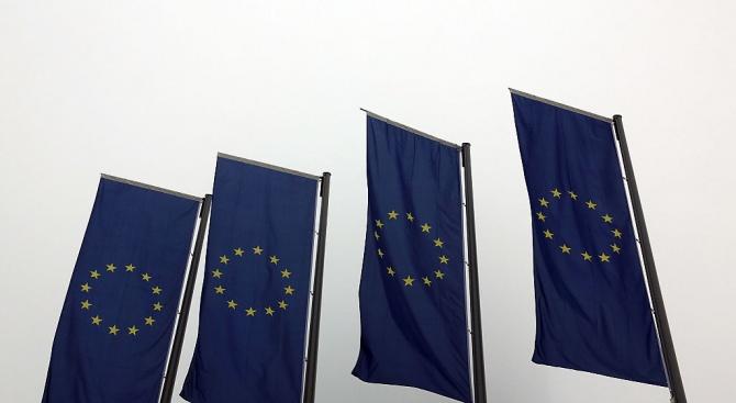 Мнозинството от жителите на Европейския съюз са настроени песимистично за