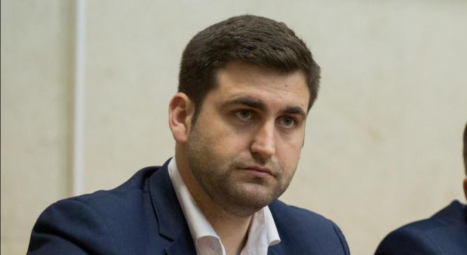Кандидатът за евродепутат от листата на ГЕРБ и СДС Андрей