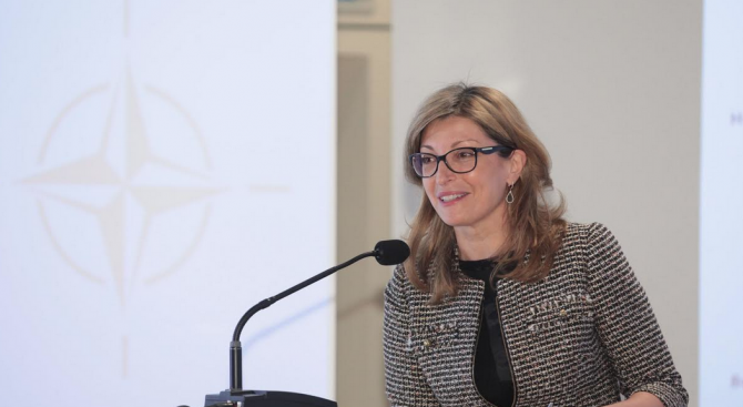 Германският външен министър пристига у нас по покана на Екатерина Захариева