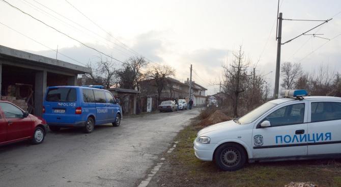 Психично нестабилен мъж от хасковското село Войводово е заподозрян в