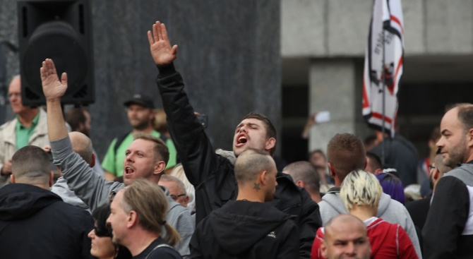 Хърватин, който е бил арестуван заради използване на хитлеристки поздрав