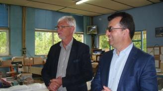 Асим Адемов в Тетевенско: Никога българското образование не е получавало толкова много средства, колкото при ГЕРБ и Бойко Борисов