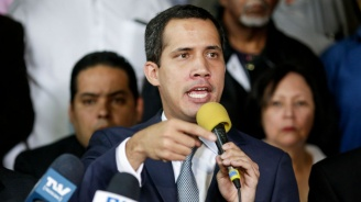 Представител на Гуайдо е поискал  среща в американското  Южно командване