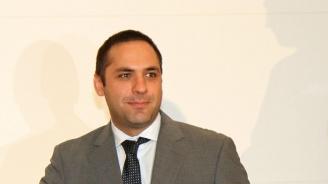Караниколов: България има готовност да произвежда автомобили