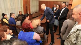 Цветанов:  Търсим възможност за решаване на проблемите и за създаване на работни места за хората с увреждания