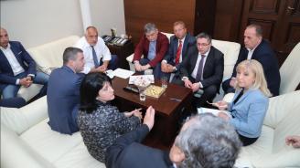 Започна срещата на Бойко Борисов с представители на превозваческия бранш за тол системата