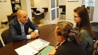 """Цветанов се срещна с младежи, които с негова подкрепа ще се включат в националния поход """"По стъпките на Ботевата чета"""""""
