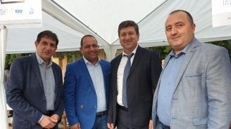 Кандидатът за евродепутат Младен Шишков се срещна с членове и симпатизанти на ГЕРБ в село Брани поле