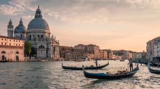 Венеция взе на мушка проститутките и пияните туристи