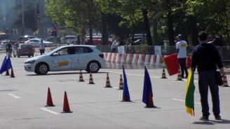 """30 млади хора мерят сили в надпреварата """"Най-добър млад шофьор на България"""""""