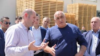 Бойко Борисов в Стара Загора: Отпускаме 500 000 лв. на община Стара Загора да откупи частни улици