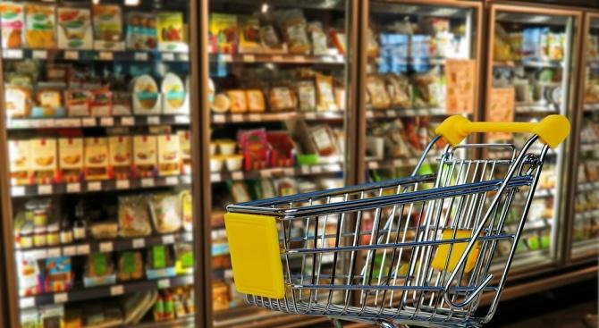 От днес влиза в сила намаленият ДДС върху повечето храни