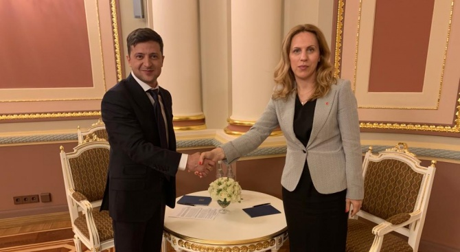 Вицепремиерът Марияна Николова: Отношенията между България и Украйна стъпват на солидна основа