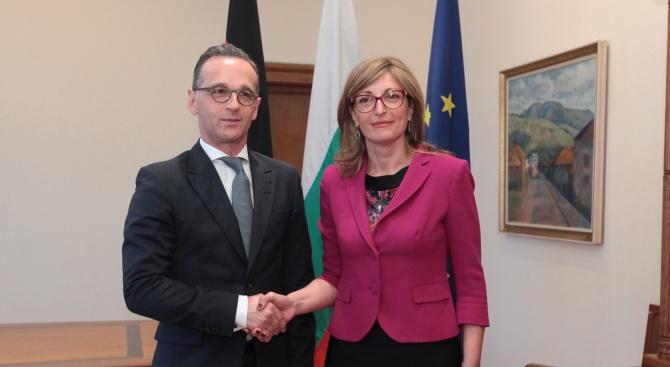 Външните министри на България и Германия призоваха за единна и солидарна Европа
